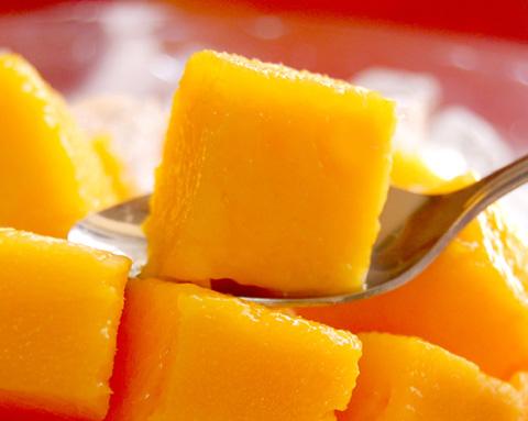 無農薬 宮崎産完熟マンゴー スプーンで