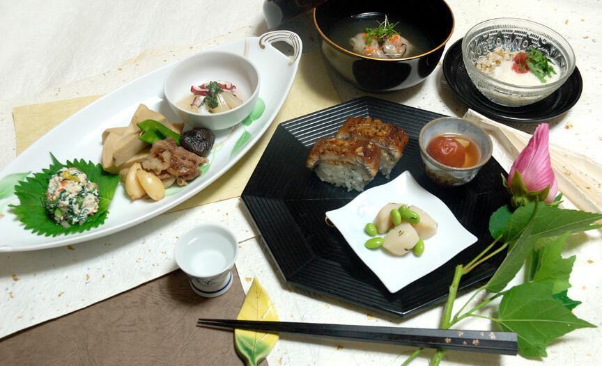 7月の会席料理(にんにく・らっきょう・梅干)