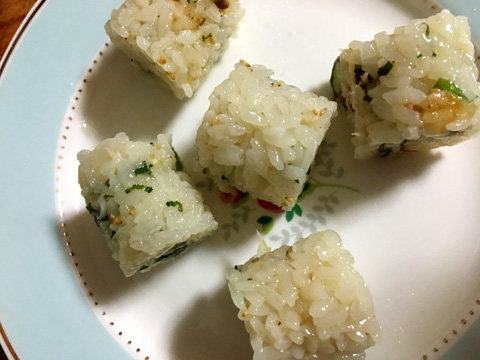 型抜きした鯛寿司