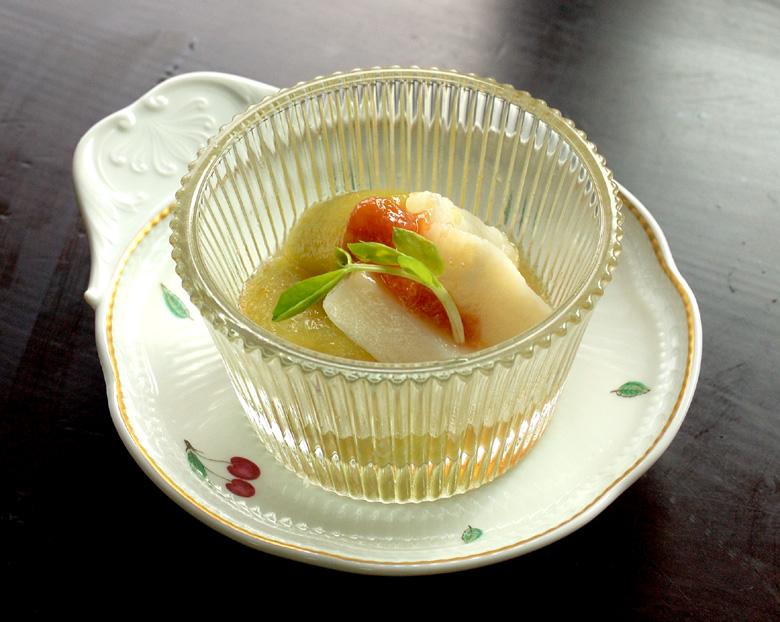 炊き合わせ 翡翠なすと山芋の炊き合わせ 梅肉ソースがけ