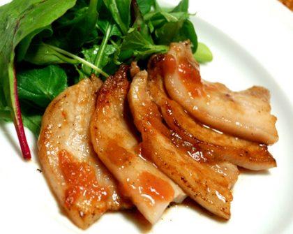 豚肉のソテー しそ梅ソース