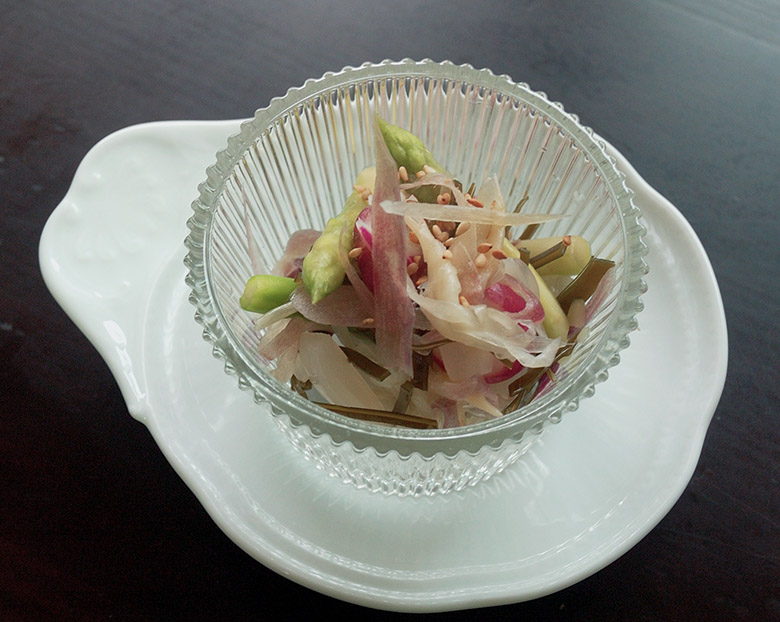 洋野菜の浅漬けとらっきょうのサラダ