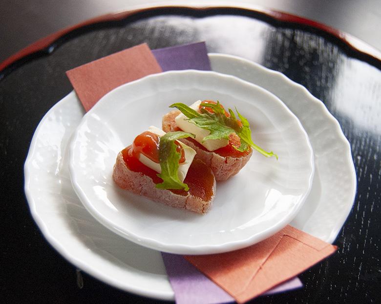 干し柿・クリームチーズ・梅干のピンチョス