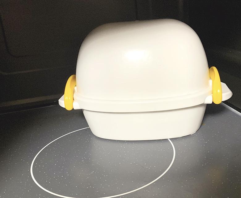 レンジでらくチン ゆでたまごでゆで卵を作る