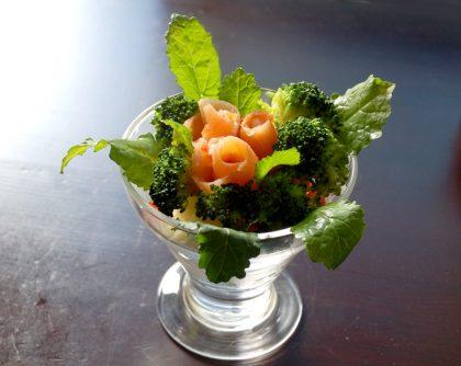 スモークサーモンの花束ポテトサラダ