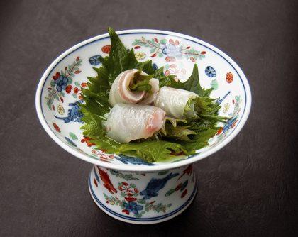 鯛の煎り酒 (シソ・細ネギ・柚子胡椒