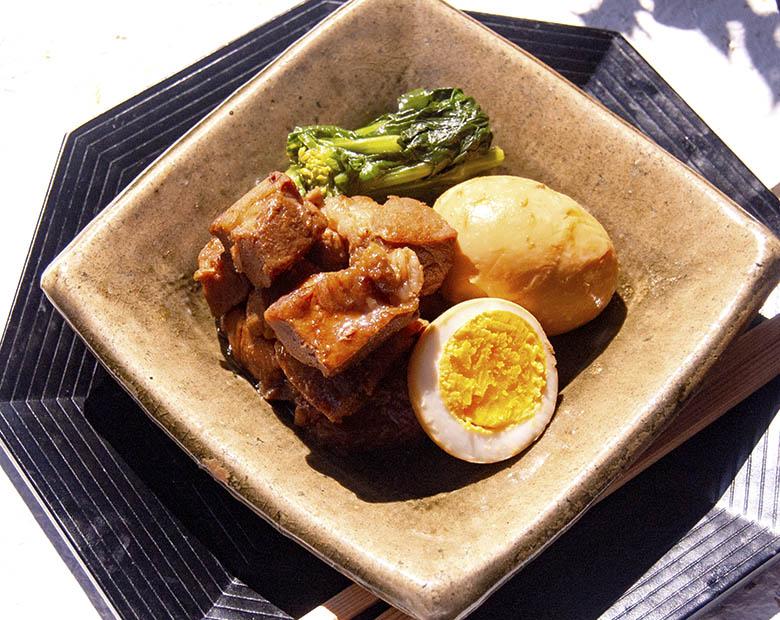 豚肉とゆで卵の梅煮と小松菜のお浸し