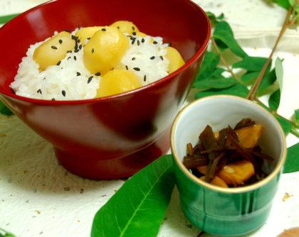 栗ご飯と昆布と揚げにんにくの佃煮