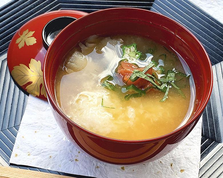 山芋のすりおろしお味噌汁