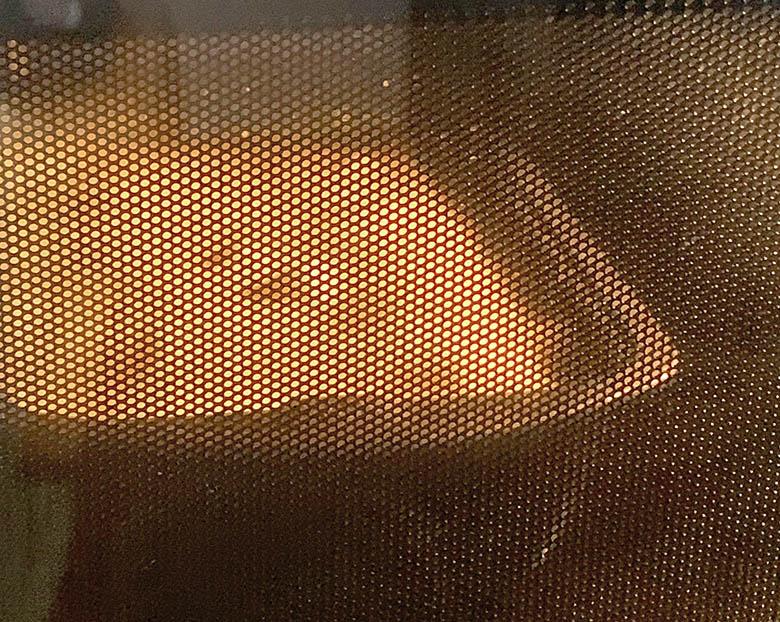 型に流し入れて、予熱した180℃のオーブンで38分程度焼く