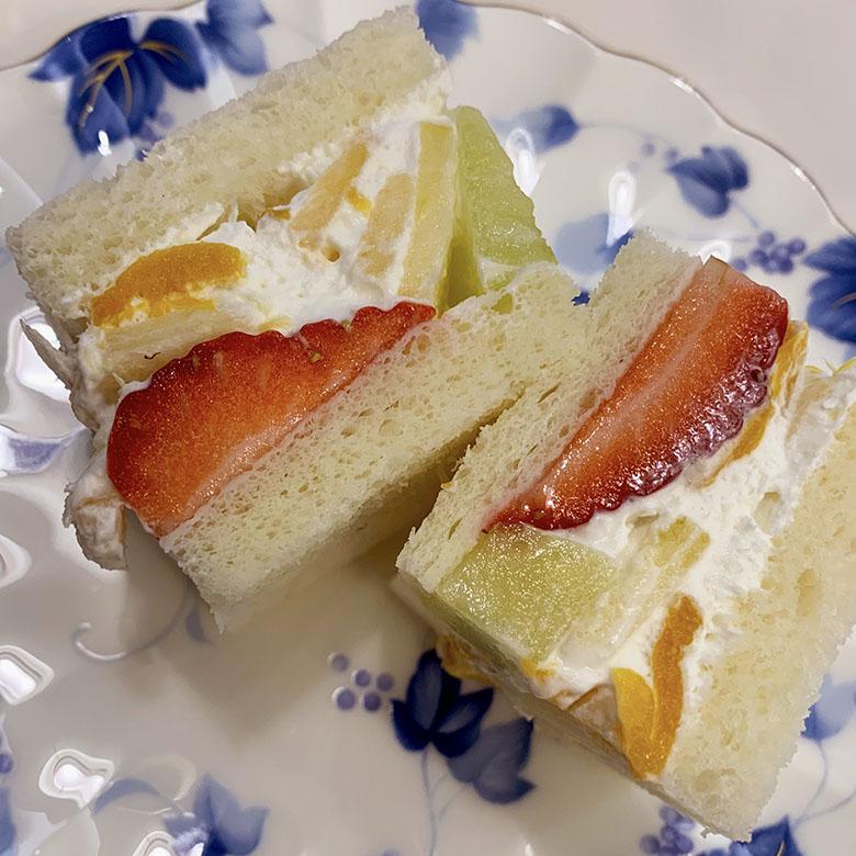 千疋屋フルーツサンドイッチ 2