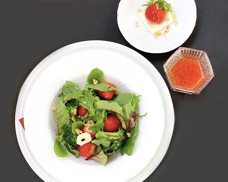イチゴのフルーツサラダ